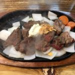 「ガブリ」警固でガッツリ赤身肉!ダイエットにも良い立ち食いステーキ屋さん【福岡市中央区】