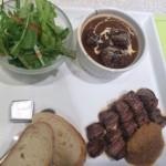 「蜂」阪急の地下イートインで蜂のステーキ&ビーフシチューの美味しいランチ【福岡市博多区】