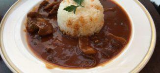 「トリコロールティアレ」岩田屋のカフェで懐かしい味のハッシュドビーフ【福岡市中央区】